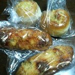 viva voce - コーンブレッドとウインナーパン