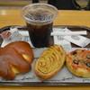 神戸屋スタッツォ - 料理写真:朝食のパンをいただきました