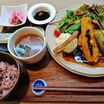54511642 - 『20品目の野菜ランチ』(1200円)!!野菜ソムリエが 一日の野菜摂取量を考えて作った野菜のフライランチ~♪(^o^)丿