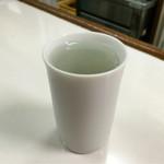 酒のデパート ヒトモト 立ち呑みカウンター - 銘柄失念 日本酒(冷酒)