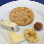 レストラン ストックホルム - スモーガスボードランチ(¥3,000) チーズとドライフルーツ