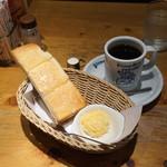 コメダ珈琲店 - 料理写真:選べるモーニング(手作りたまごペースト)