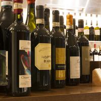 ワインバーもスタート!250種類のイタリアワイン