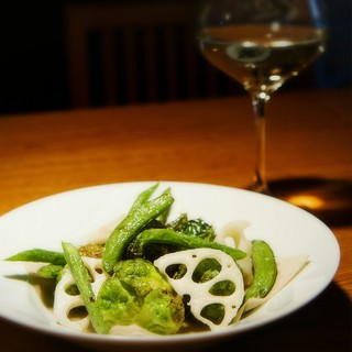 「北海道マリアージュ」がコンセプト。旬の食材で美味しい時間。