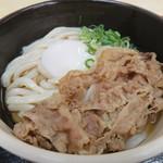 うどん市場 - オリーブ玉子肉ぶっかけうどん(中・冷)