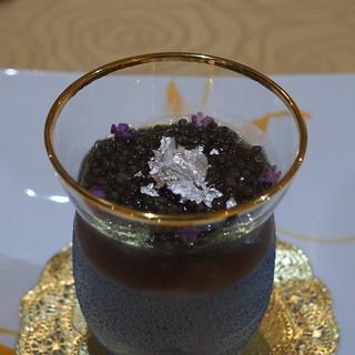 トゥ・ラ・ジョア - 料理写真:オマール海老とセロリラーブのカクテル