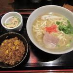 沖縄料理おとざ - 沖縄そばセット 650円