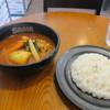 SAMA - 料理写真:この日の日替わりランチ920円がテーブルに運ばれてきました。