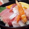 北陸魚場なおすけ - 料理写真:特選定食1620円の海鮮丼