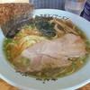 ラーメンショップ - 料理写真:懐かしさがあるスープです