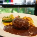 キッチン イトウ スタイル - 国産牛100%のハンバーグステーキ(ライス付)洋風ソース レギュラー150g 1,800円