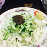 白龍 - ジャージャー麺小 450円