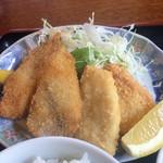 食事処 斉 - 料理写真:地魚フライ定食のフライ。