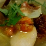 G麺7 - 鶏チャーシュー、トマト、香味油のバランスは絶妙です。