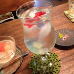 54760918 - 青のソーダ水と自家製生わらび餅