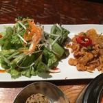チャンチ - ネギとサンチュで食べるダッカルビプレート