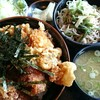 奥会津 - 料理写真:海老・ホタテ・唐揚げ丼 セット。