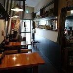 藤井屋 - 藤井屋 船堀店 店内  厨房隔てて反対側にもテーブル席があります