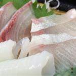 かにの山よし 旬鮮市場 - 料理写真:カンパチ