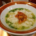 佐賀ラーメン 美登里 - 自分なりのスープ茶づけ
