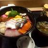 蛇の目寿司 - 料理写真:海鮮丼1950円