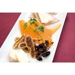 フレイムス - 3種チーズの盛り合わせ