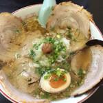 岡山らぁめん 麺屋照清 - 塩ちゃーしゅー麺 680円