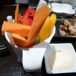 焼鳥とワイン MOJAⅢ世 - 料理写真:野菜スティック!!マヨネーズが美味しい!