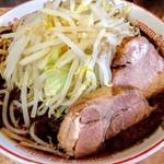 肉汁らーめん 公 - 黒らーめん 800円