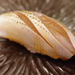 鮨舳 - 料理写真:小鰭