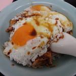重松飯店 - 料理写真:焼豚玉子飯 サイズは小