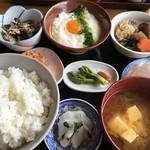 島勝 - 料理 とろろめし定食