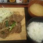 鉄板酒場アケボノヤ - 週替わりランチ770円
