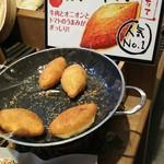 ベーカリーファクトリー - 1608 ベーカリーファクトリー紫金山 一番人気カレーパン@205円