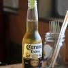 ブルズカフェ - ドリンク写真:コロナビール