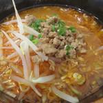 四川料理 巴蜀 - 酸辣湯麺と魯肉飯のセット1,000円