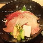 近畿大学水産研究所 - 近大マグロと鮮度抜群の海鮮丼