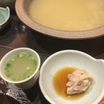 華味鳥 - 華味鳥水炊き