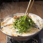 かまくら - パクチー香るトムヤムクンのエスプーマー鍋
