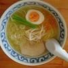 一心 - 料理写真:塩らーめん680円