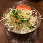 八勝亭オリエント  - 料理写真:ミートスパゲティーに付いているサラダです。(2016.8 byジプシーくん)