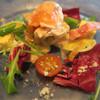 フレンチ工房 ダニエル - 料理写真:前菜です サーモンと豚しゃぶ