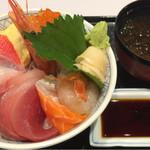 牧原鮮魚店 - 仲買の海鮮丼(上):980円
