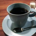 cafe zuccu - アメリカン450円。中山珈琲焙煎所の豆だそう
