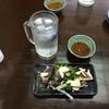 まるしん食堂 - 料理写真:鰹たたきと焼酎