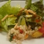 55224467 - 野菜とプチプチもち麦の爽やかマリネ、グリッシーニが香ばしいサラダにフリッタータなど