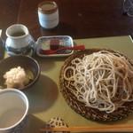 百日紅 - 蕎麦全体