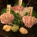 とさか - 「地鶏のお刺身盛り合わせ」1880円