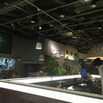 cafe STUDIO - 夜の店内雰囲気