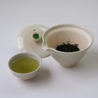 本格的な日本茶と美味しい甘味メニューを楽しめます
